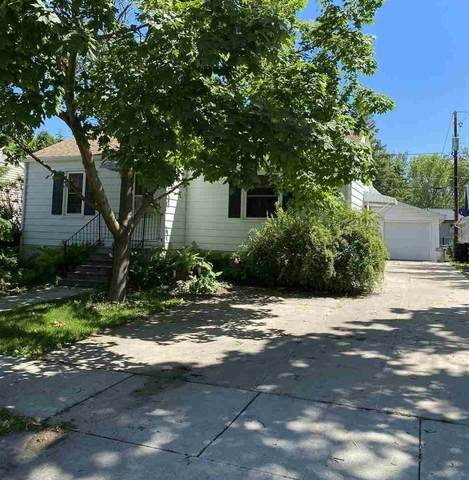 380 Evergreen Avenue, Fond Du Lac, WI 54935 (#50223642) :: Todd Wiese Homeselling System, Inc.