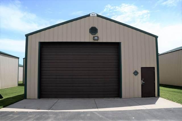 1094 Fernando Drive B8, De Pere, WI 54115 (#50223655) :: Todd Wiese Homeselling System, Inc.