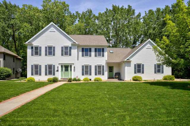 2415 Maple Grove Drive, Neenah, WI 54956 (#50223684) :: Dallaire Realty