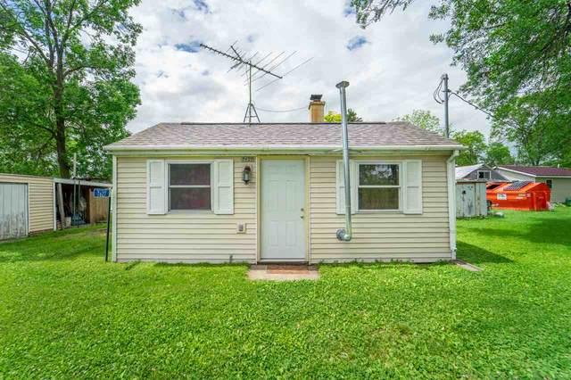 7627 Widgeon Lane, Larsen, WI 54947 (#50223707) :: Todd Wiese Homeselling System, Inc.