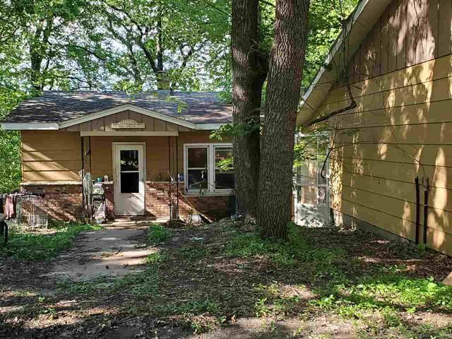 N1125 Akron Road, Waupaca, WI 54981 (#50223717) :: Todd Wiese Homeselling System, Inc.
