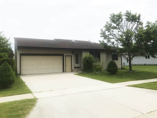 2421 Paul Road, Manitowoc, WI 54220 (#50223737) :: Todd Wiese Homeselling System, Inc.