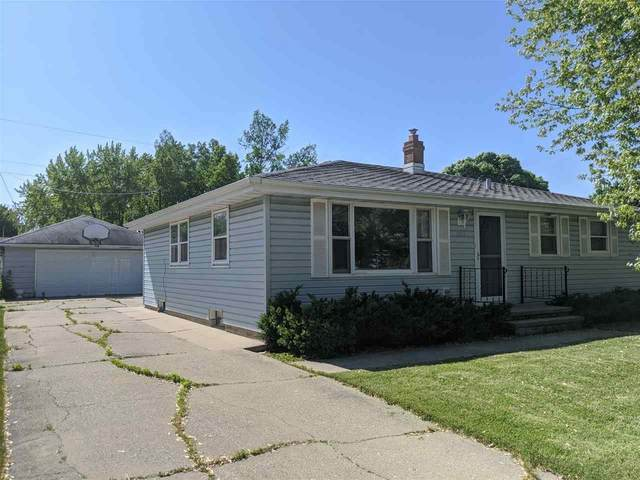 1547 Bruce Street, Neenah, WI 54956 (#50223804) :: Dallaire Realty