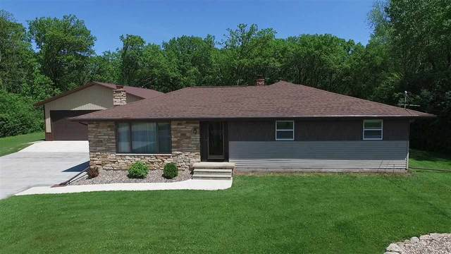 W4650 High Cliff Road, Menasha, WI 54952 (#50223811) :: Symes Realty, LLC