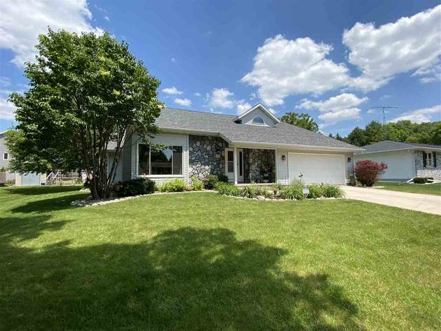 1053 Eastman Lane, Fond Du Lac, WI 54935 (#50223922) :: Todd Wiese Homeselling System, Inc.