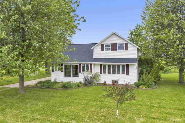 6326 Blake Road, Greenleaf, WI 54126 (#50223966) :: Todd Wiese Homeselling System, Inc.