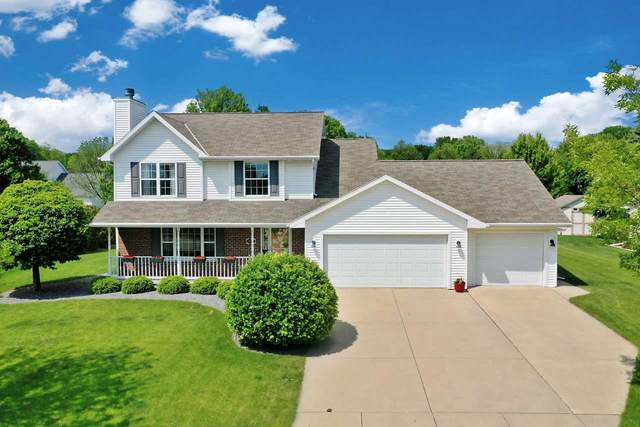 2871 Blue Spruce Drive, Green Bay, WI 64311 (#50223971) :: Todd Wiese Homeselling System, Inc.