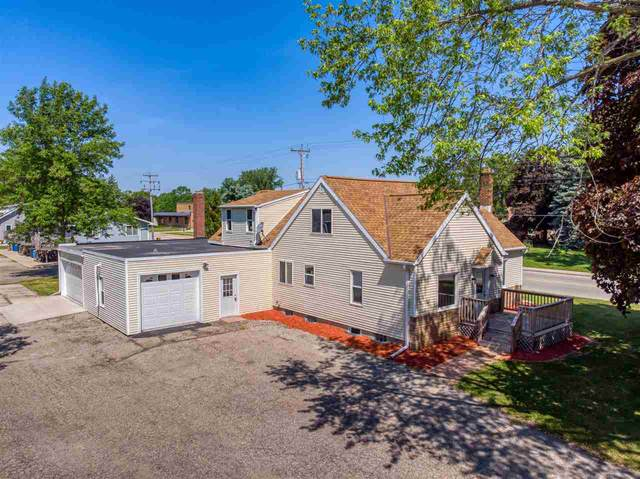 407 S St Augustine Street, Pulaski, WI 54162 (#50223974) :: Dallaire Realty