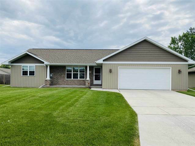 3402 Paula Street, Green Bay, WI 54311 (#50224045) :: Todd Wiese Homeselling System, Inc.