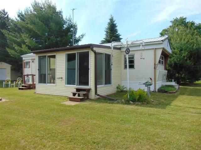 9440 N Sunrise Lane, Crivitz, WI 54114 (#50224061) :: Todd Wiese Homeselling System, Inc.