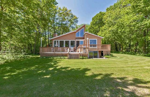 4 Northwood Cove, Menominee, MI 49858 (#50224087) :: Todd Wiese Homeselling System, Inc.