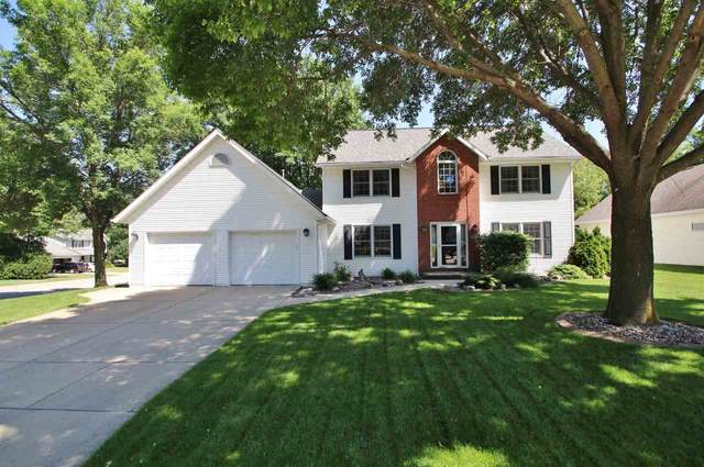 2091 Balsam Way, Green Bay, WI 54313 (#50224153) :: Dallaire Realty