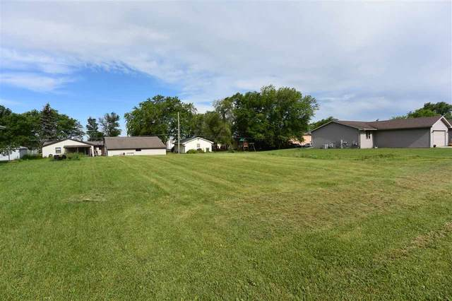 418 Prairie Way, Wrightstown, WI 54180 (#50224158) :: Dallaire Realty