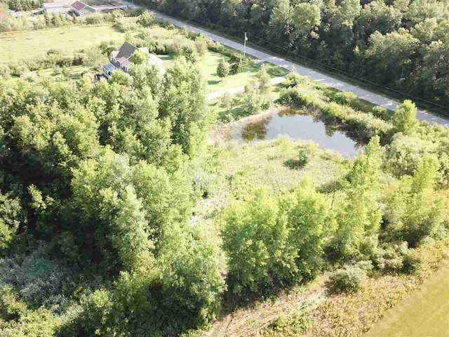 Sundew Court, Suamico, WI 54173 (#50224162) :: Todd Wiese Homeselling System, Inc.