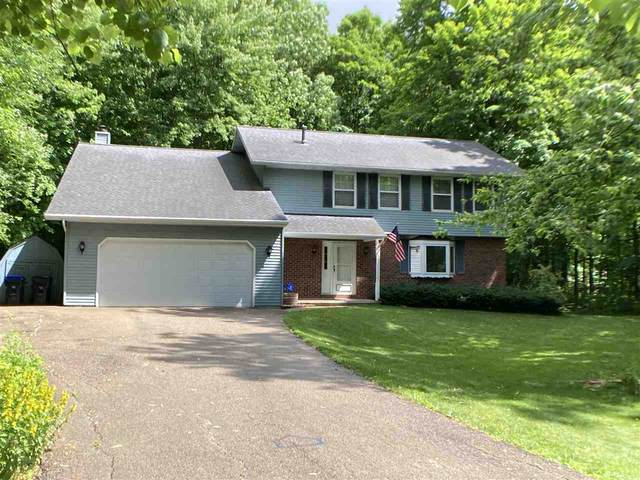 N5788 Riverside Drive, Shawano, WI 54166 (#50224179) :: Dallaire Realty
