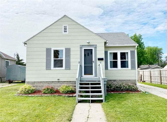 252 E Scott Street, Fond Du Lac, WI 54935 (#50224236) :: Todd Wiese Homeselling System, Inc.