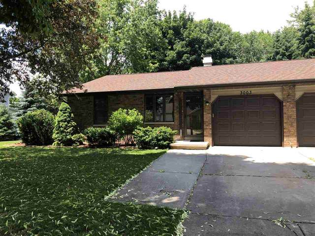 3003 Gilbert Drive, Green Bay, WI 54311 (#50224251) :: Todd Wiese Homeselling System, Inc.