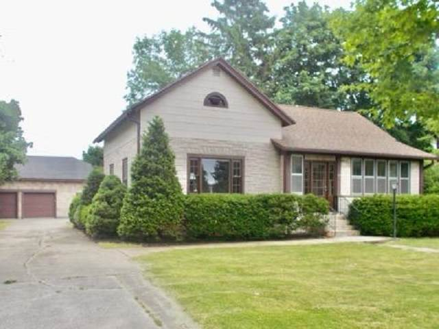 424 S Madison Street, Chilton, WI 53014 (#50224253) :: Todd Wiese Homeselling System, Inc.
