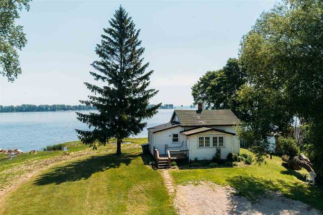 2432 Longtail Beach Lane, Suamico, WI 54173 (#50224319) :: Symes Realty, LLC