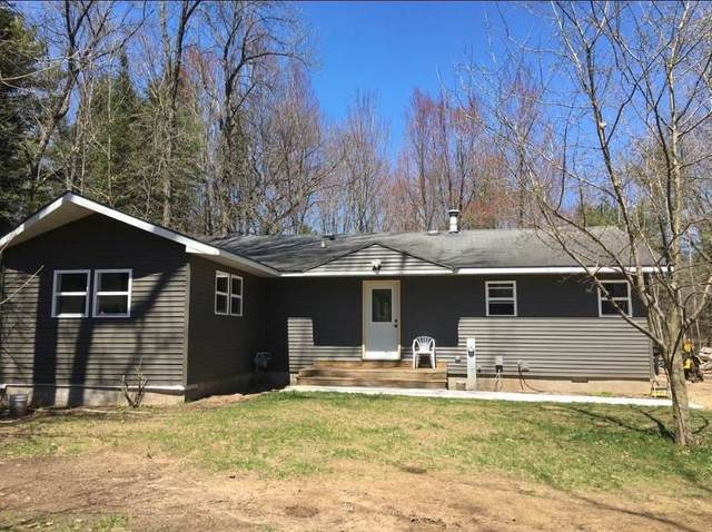 W6118 Lake Drive, Shawano, WI 54166 (#50224321) :: Todd Wiese Homeselling System, Inc.