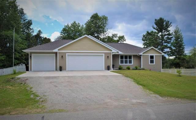 403 Kildeer Lane, Sobieski, WI 54171 (#50224324) :: Todd Wiese Homeselling System, Inc.