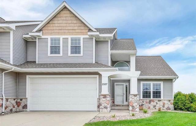 2527 W Crais Avenue, De Pere, WI 54115 (#50224361) :: Todd Wiese Homeselling System, Inc.