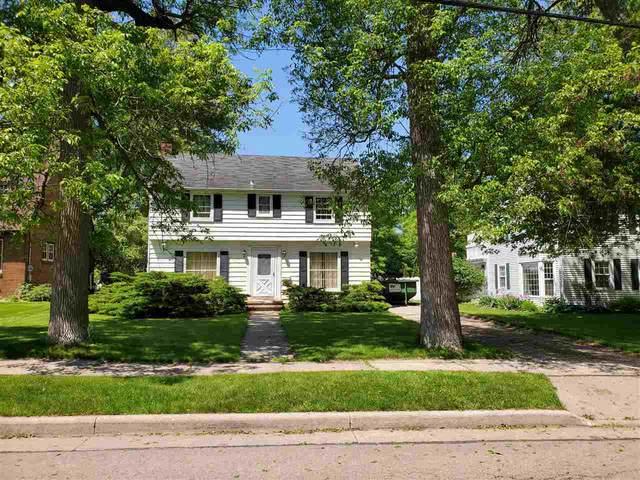 319 Winnebago Avenue, Menasha, WI 54952 (#50224379) :: Todd Wiese Homeselling System, Inc.