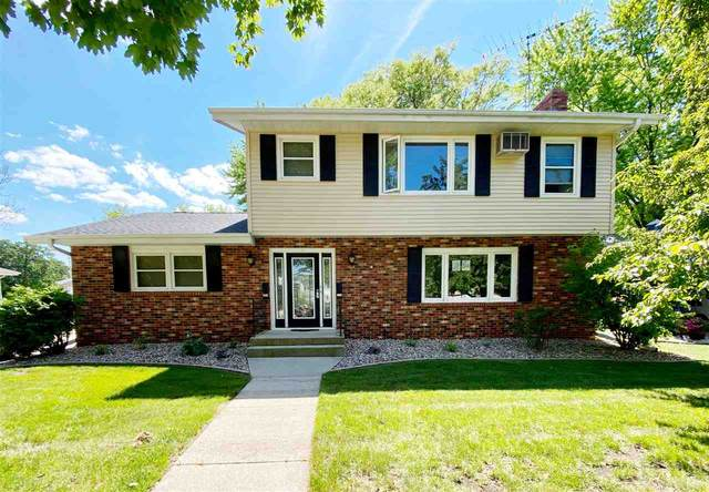 222 S Royal Avenue, Fond Du Lac, WI 54935 (#50224398) :: Todd Wiese Homeselling System, Inc.