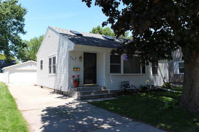 297 15TH Street, Fond Du Lac, WI 54935 (#50224413) :: Todd Wiese Homeselling System, Inc.