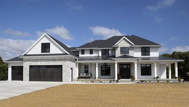 3917 N Secret Garden Court, De Pere, WI 54115 (#50224436) :: Todd Wiese Homeselling System, Inc.