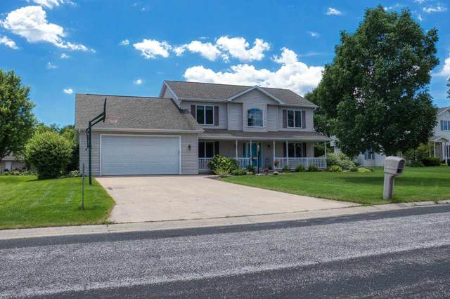 W5945 Daisy Court, Appleton, WI 54915 (#50224453) :: Todd Wiese Homeselling System, Inc.