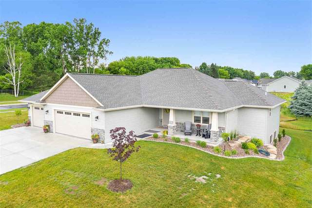 2940 Woodale Avenue, Green Bay, WI 54313 (#50224554) :: Todd Wiese Homeselling System, Inc.