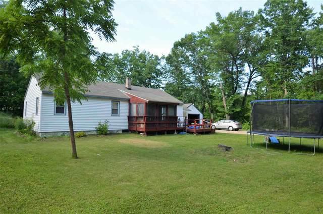 N5723 Edgewood Road, Shawano, WI 54166 (#50224560) :: Todd Wiese Homeselling System, Inc.