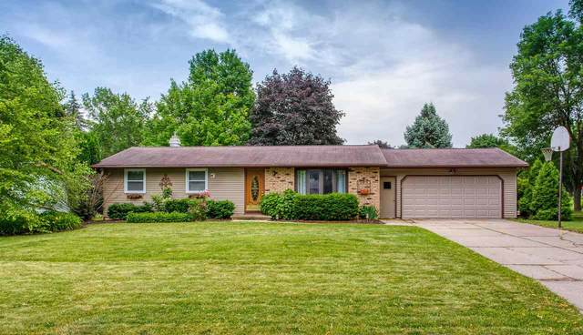 2637 Danbar Drive, Green Bay, WI 54313 (#50224585) :: Todd Wiese Homeselling System, Inc.