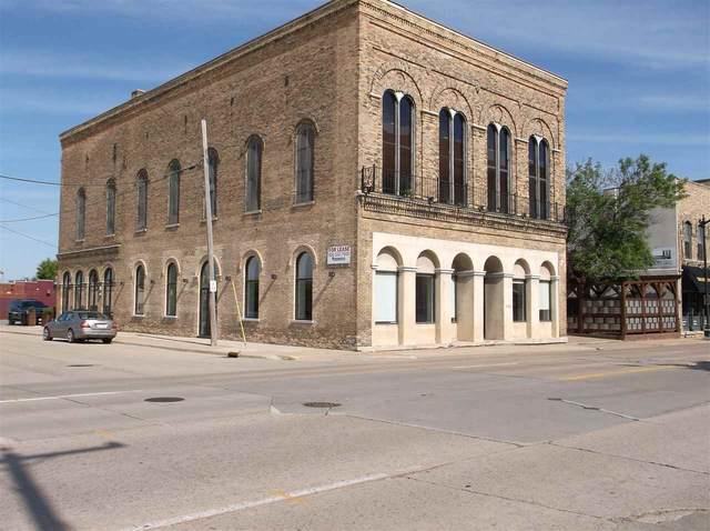 615 S Main Street, Oshkosh, WI 54902 (#50224591) :: Symes Realty, LLC