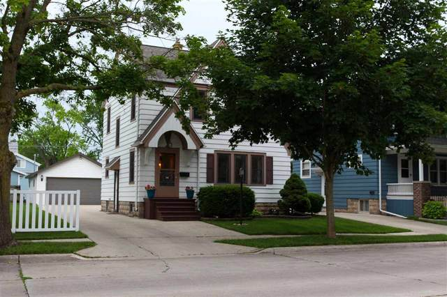 240 E 9TH Street, Fond Du Lac, WI 54935 (#50224599) :: Todd Wiese Homeselling System, Inc.