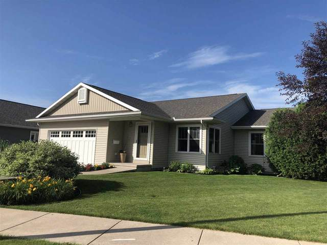 345 Foster Street, Oshkosh, WI 54902 (#50224601) :: Todd Wiese Homeselling System, Inc.