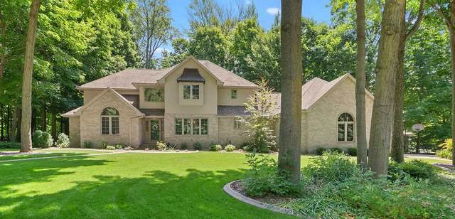 445 Edgewood Drive, Green Bay, WI 54302 (#50224648) :: Todd Wiese Homeselling System, Inc.