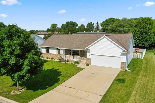 1486 Mcrae Circle, Green Bay, WI 54311 (#50224651) :: Todd Wiese Homeselling System, Inc.