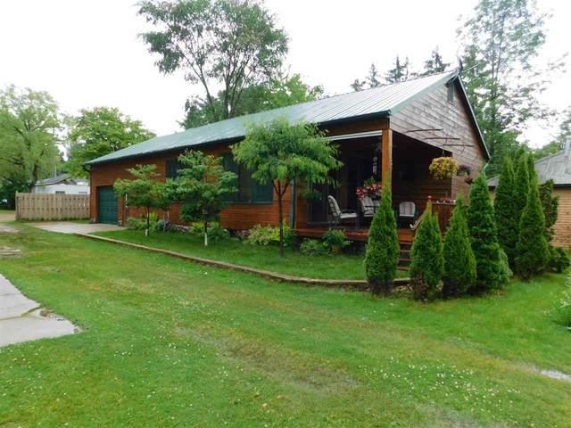 W5983 Lake Drive, Shawano, WI 54166 (#50224668) :: Todd Wiese Homeselling System, Inc.