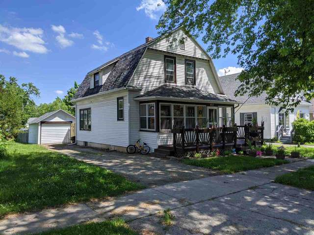 413 E Hancock Street, New London, WI 54961 (#50224669) :: Todd Wiese Homeselling System, Inc.