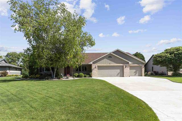 948 Mill Pond Lane, Neenah, WI 54956 (#50224671) :: Todd Wiese Homeselling System, Inc.