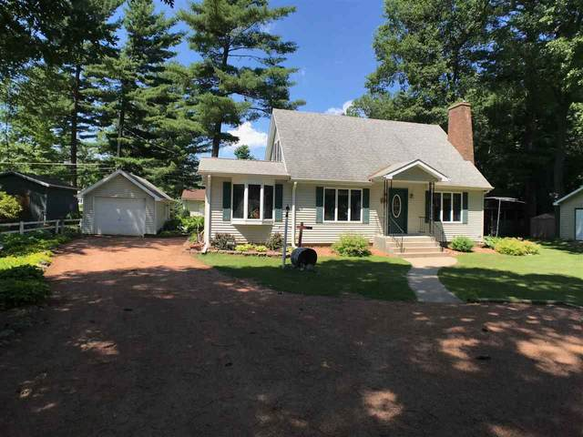 1129 S Lincoln Street, Shawano, WI 54166 (#50224680) :: Dallaire Realty