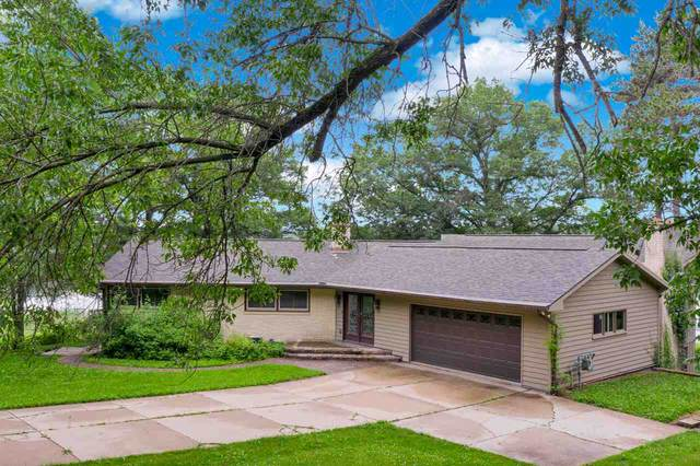 W8255 Buttercup Court, Wautoma, WI 54982 (#50224707) :: Dallaire Realty