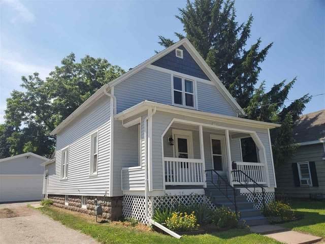 751 Grove Street, Oshkosh, WI 54901 (#50224755) :: Todd Wiese Homeselling System, Inc.