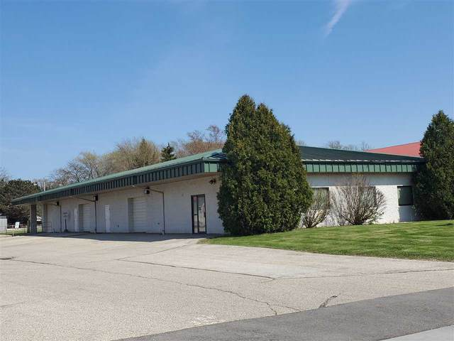 620 Wacker Drive, Hartford, WI 53027 (#50224762) :: Ben Bartolazzi Real Estate Inc