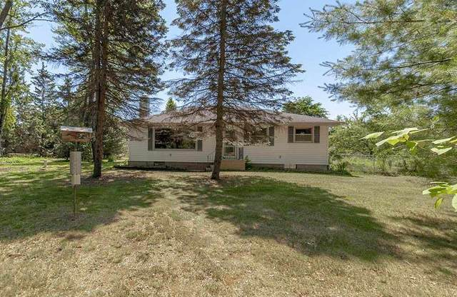 W1347 Hwy B, Marinette, WI 54143 (#50224765) :: Todd Wiese Homeselling System, Inc.