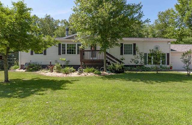 W2183 Raygo Lane, Marinette, WI 54143 (#50224768) :: Todd Wiese Homeselling System, Inc.