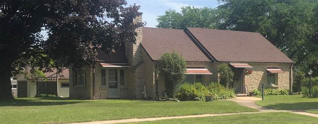 249 E Liberty Street, Berlin, WI 54923 (#50224815) :: Todd Wiese Homeselling System, Inc.