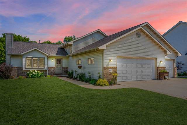 1025 Springs Road, Fond Du Lac, WI 54935 (#50224838) :: Todd Wiese Homeselling System, Inc.